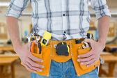 带工具时腰部技术员 — 图库照片