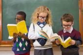 Pupils reading books — Stock Photo