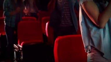 Happy friends watching film — Stock Video