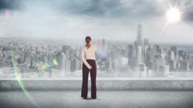 Businesswoman looking at digital brainstorm — Stock Video
