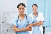 Pewnie kobieta lekarze — Zdjęcie stockowe