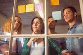 Jóvenes empresarios creativos — Foto de Stock