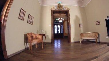 Старинные дома гостиная — Стоковое видео