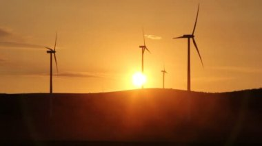 Wind turbines time lapse — Stock Video