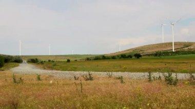 Danube deltan Rally särskilda prov vindkraftspark — Stockvideo