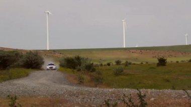 Delta de Danúbio Rally especial julgamento parque eólico — Vídeo stock