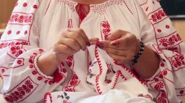 Woman doing needlework — Stock Video