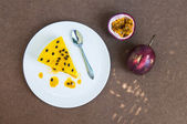 Passion fruit cheesecake — Stock Photo