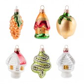Christmas  decoration ball isolated on white background — Stock Photo