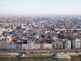 View on Budapest from Gellert Hill, Hungary. Houses, river Danub — Stock Photo
