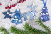 クリスマスの木、鹿、星 — ストック写真