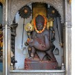 Постер, плакат: Statue of Lord Narasimha killing Hiranyakashipu