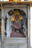 Statue of Lord Narasimha killing Hiranyakashipu — Stock Photo