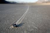 Sailing stone at Racetrack Playa. — Stock Photo