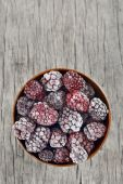 Frozen blackberries — Stock Photo