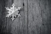 Single White Snowflake — Stock Photo