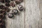 Pigne e campane rustico — Foto Stock