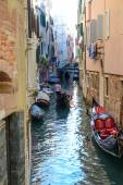 Gondola in the Grand Canal of Venice Italy — Stock Photo