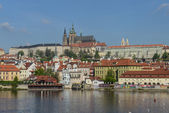Prague castle with river Vltava — Stock Photo