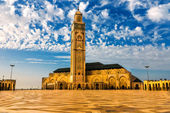 Hassan II Mosque on the beach of Casablanca at sunset, Morocco — Photo