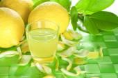 Lemon liqueur — Stock Photo