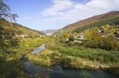 деревня в долине — Стоковое фото