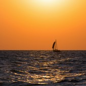 Sail boat on sea — Stock Photo