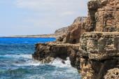 Mediterranean rocky sea coast — Stock Photo
