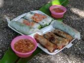 Spring rolls Cha gio, Vietnamese cuisine. — Stock Photo