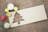 纸圣诞树和礼物. — 图库照片
