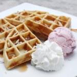 Belgium waffles with ice cream — Stock Photo #64478357