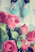 Selfie of vintage roses with shoes — Stock Photo