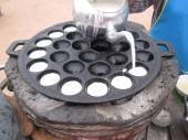 Kokosové mléko směs cukru a mouky. — Stock fotografie