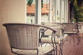 Bir restoran sandalye — Stok fotoğraf