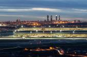 Madrid-Barajas Airport during night — Stock Photo