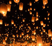 Festival di lanterne del cielo o yi peng festival a chiang mai, Thailandia — Foto Stock