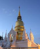 Wat Suan Dok at twilight in Chiang Mai , Thailand — Zdjęcie stockowe