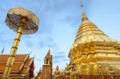 Golden pagoda at Doi Suthep temple, landmark of Chiang Mai, Thailand — Stock Photo