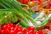 Market stall with vegetables — Stockfoto