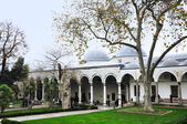 Istanbul, Turkey - November 22, 2014: The courtyard of Topkapi Palace, that was the primary residence of the Ottoman sultans — Stock Photo