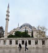 Istanbul, Turkey - November 23, 2014: The Suleymaniye Mosque is an Ottoman imperial mosque located on the Third Hill of Istanbul, Turkey — Stock Photo