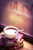 Books, tea and hearts — 图库照片