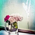 Beautiful roses in vase — Stock Photo #57765431