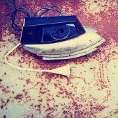 Retro Iron on vintage background — Stock fotografie