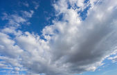 Big cloud over blue sky — Fotografia Stock