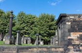 Old cemetery in  Edinburgh, Scotland. — Stock Photo