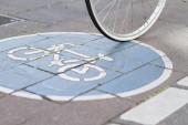 Sign bike path — Stock Photo