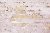Brick Wall battered and abandoned — Stock Photo