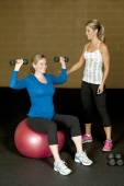 Pregnant woman working out — Stock Photo