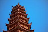 ベトナム ハノイのトラン バオコック寺の五重塔 — ストック写真